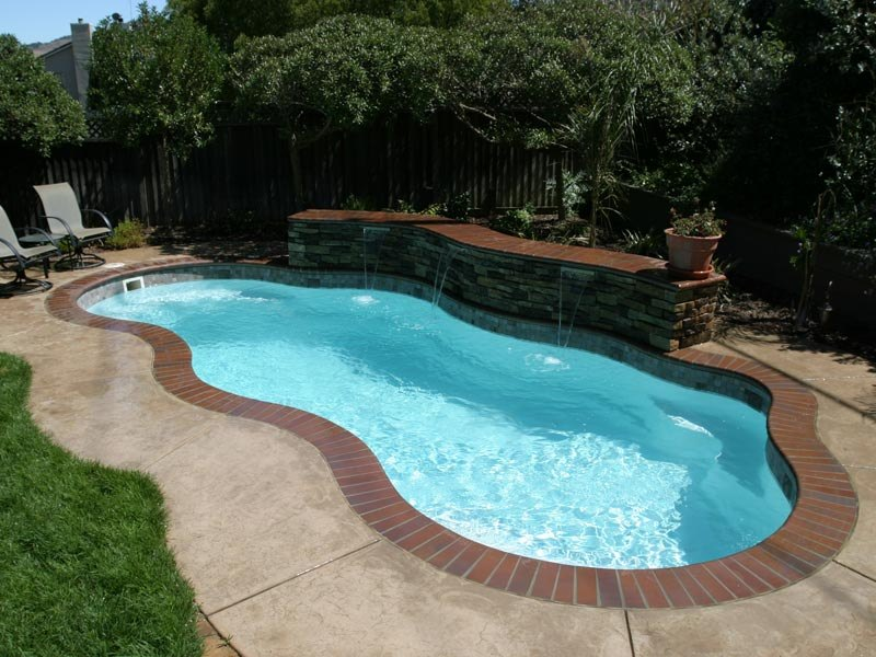 Gallery the pool guyz - Fibreglass swimming pool bond beam ...